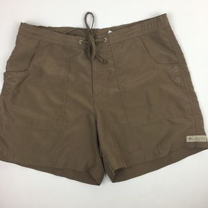 Columbia Shorts size Medium